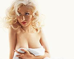 Christina Aguilera se desnuda - Zelebes